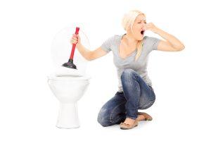 Βουλωμένη Λεκάνη τουαλέτας